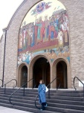 вхід до церкви св. Володимира і Ольги