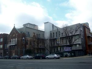 """Один из последних проектов конвертации церкви под квартиры под названием """"Сакральные лофты"""". Улица Western, """"украинское село"""""""