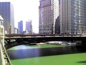Так выглядела река в воскресенье 15 марта-день после парада.
