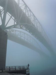 Blue Water Bridge, соединяющий Канаду и США