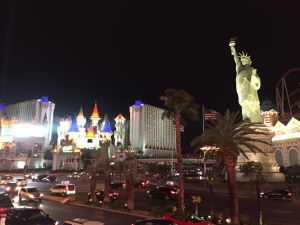 LAS VEGAS_AT_NIGHT